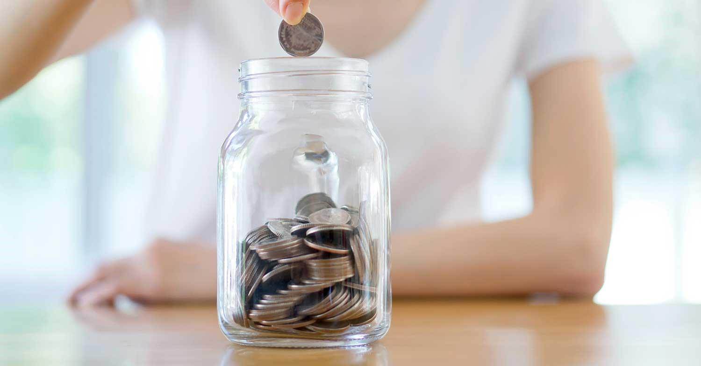 Tạo thói quen tiết kiệm tiền lẻ sẽ giúp bạn để dành được những khoản không ngờ tới