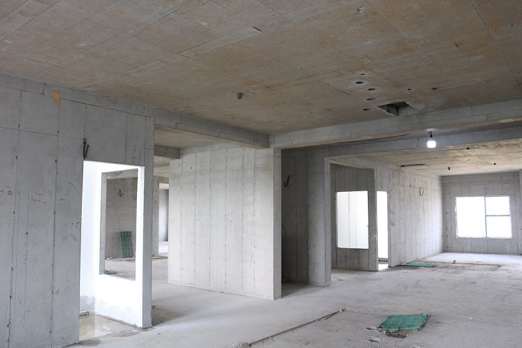 Tiến độ hoàn thiện bên trong những tòa nhà đã cất nóc