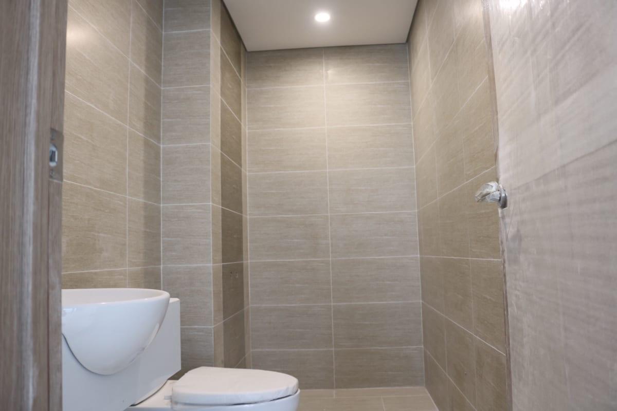 Nhà vệ sinh hoàn thiện bên trong những căn hộ Vinhomes Grand Park