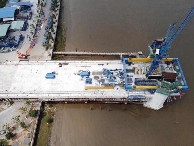 Tiến độ xây dựng cầu Thủ Thiêm 2  Nhánh N1 và N2
