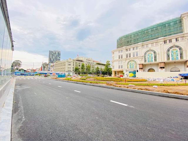 Ròa chắn ở đường Đồng Khởi - Nguyễn Huệ được gỡ bỏ