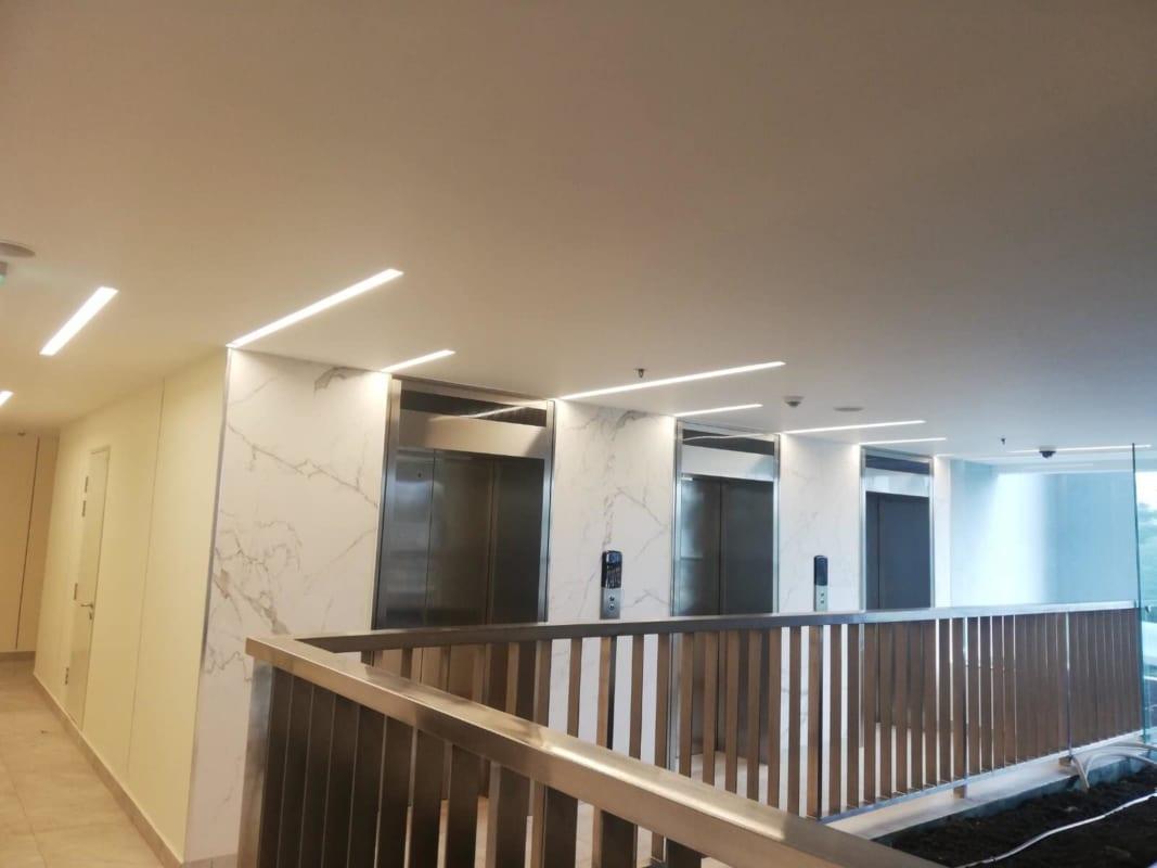 Hệ thống thang máy cao cấp tại dự án Kingdom 101